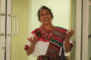 La enfermera maya que conoce de leyes