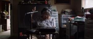 Indígena de 81 años aprende a usar computador y crea diccionario para salvar su idioma de la extinción