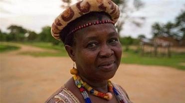 La líder de Malawi que ha logrado anular 850 matrimonios infantiles y dar una educación a las niñas