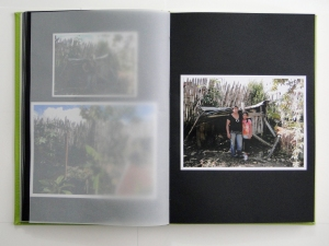 arttextum-oscar-moreno-clima-cultural-album-familia-apache